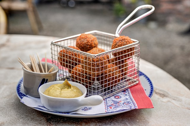 Test your knowledge on Dutch food!
